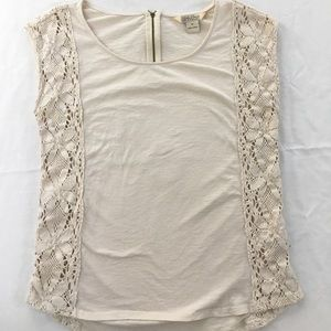 Lucky brand cream top with lace side panels